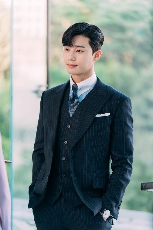 Cuối cùngPark Seo Joon cũng đích thân lên tiếng về chuyện tình cảm, úp mở về cơ hội đến với Park Min Young - Ảnh 3.