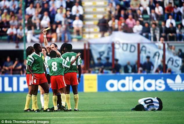 10 trận chiến xấu xí nhất World Cup, 2 trận có Maradona tham dự 2