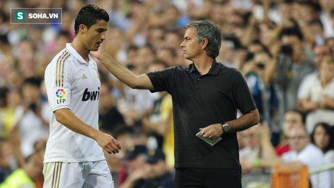 Man United bất ngờ ra đòn, muốn nẫng Ronaldo từ tay Juventus - Ảnh 1.