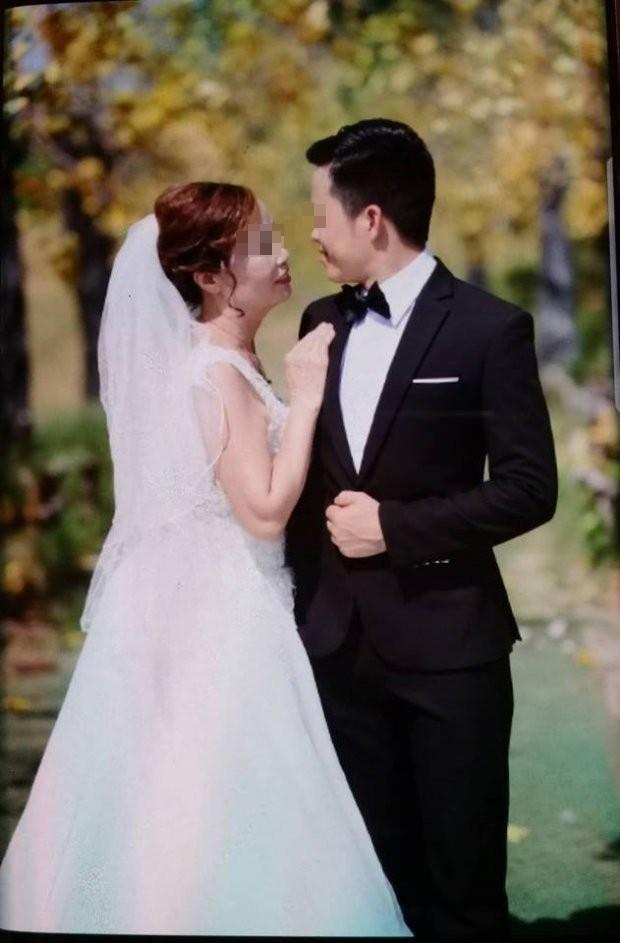 Cô dâu 61 tuổi kết hôn với chú rể 26 tuổi gây xôn xao: Mong dư luận thôi phán xét - Ảnh 1.