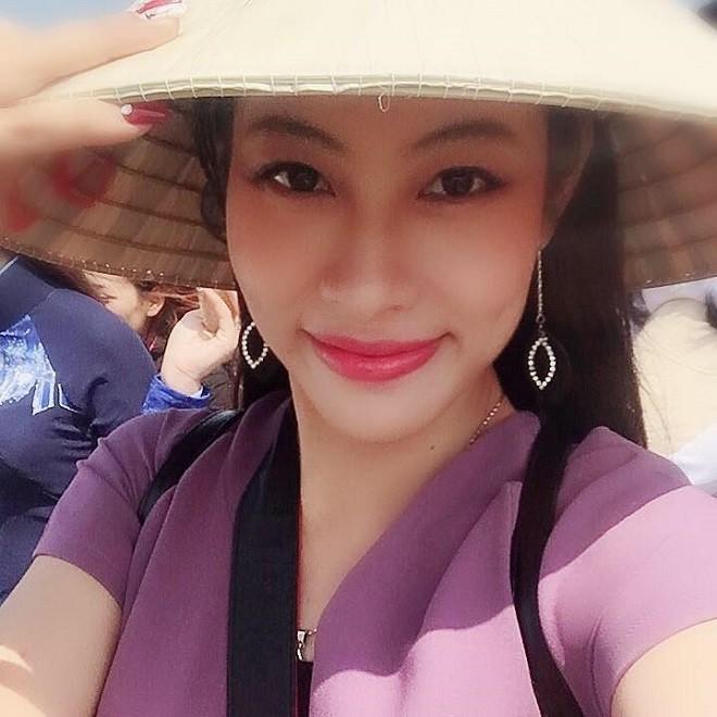 Chị gái Đặng Thu Thảo: Tính tôi mạnh mẽ cỡ nào nhưng chỉ cần em gái cãi, tôi chỉ biết khóc - Ảnh 4.