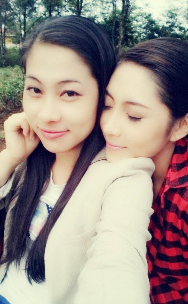 Chị gái Đặng Thu Thảo: Tính tôi mạnh mẽ cỡ nào nhưng chỉ cần em gái cãi, tôi chỉ biết khóc - Ảnh 1.