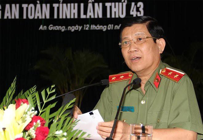 Trung tướng Trần Văn Vệ, Thiếu tướng Nguyễn Duy Ngọc được bổ nhiệm chức danh mới - Ảnh 1.