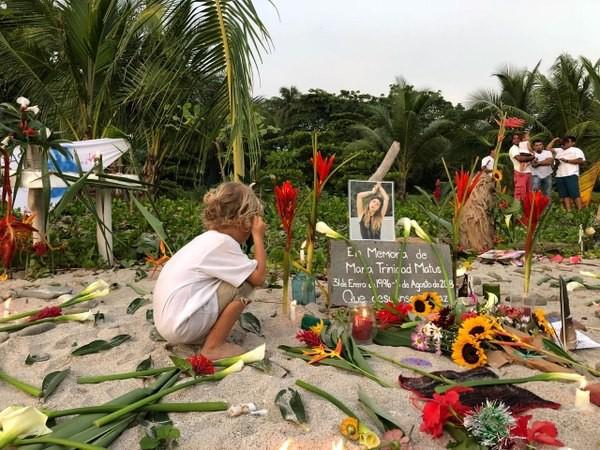 Thông tin hiếm hoi về nữ ca sĩ bị cưỡng hiếp, giết hại trên bờ biển - Ảnh 12.