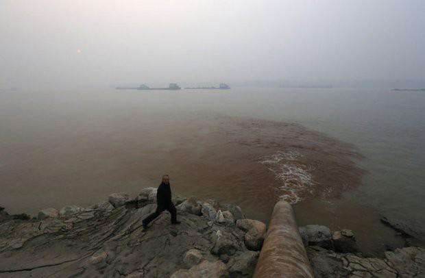 16 bức ảnh về thực trạng ô nhiễm môi trường khiến thế giới giật mình - Ảnh 11.