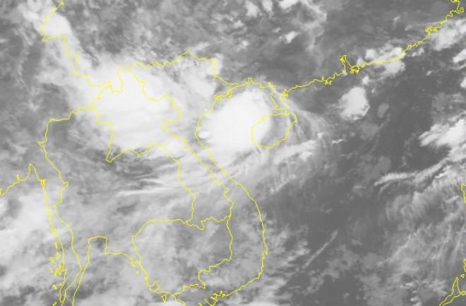 Tâm bão số 4 sẽ vào khu vực Thanh Hóa rạng sáng mai - Ảnh 1.