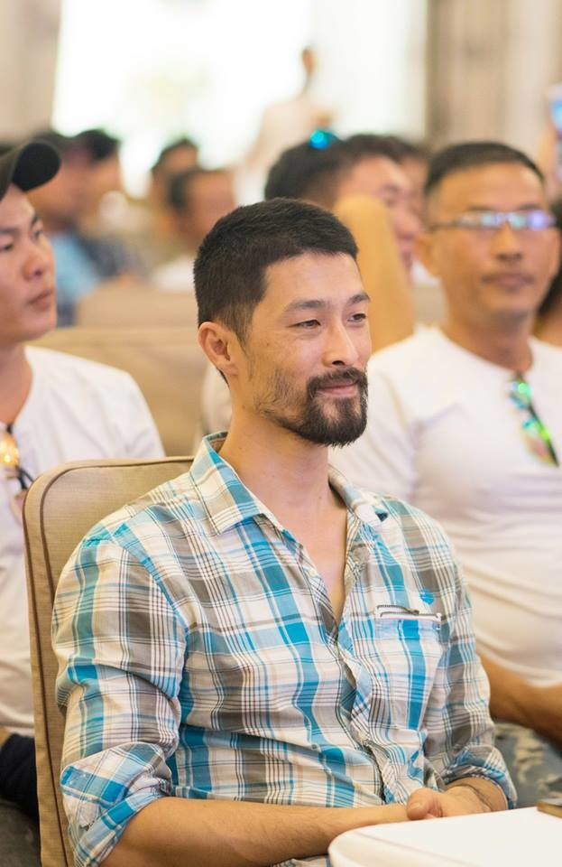 Johnny Trí Nguyễn lại xuất hiện gầy gò, xuống sắc sau nhiều năm rời xa điện ảnh - Ảnh 2.