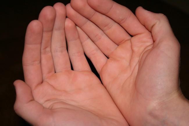 Bàn tay có những đặc điểm này, phụ nữ không số vượng phu thì cuộc đời cũng sẽ gặp nhiều may mắn, hôn nhân bền vững không lo tiền bạc - Ảnh 1.