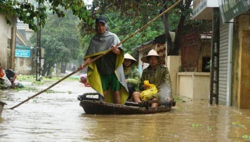 Hàng nghìn hộ dân thành phố Thanh Hóa ngập trong nước - Ảnh 1.