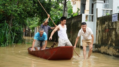 Hàng nghìn hộ dân thành phố Thanh Hóa ngập trong nước - Ảnh 3.