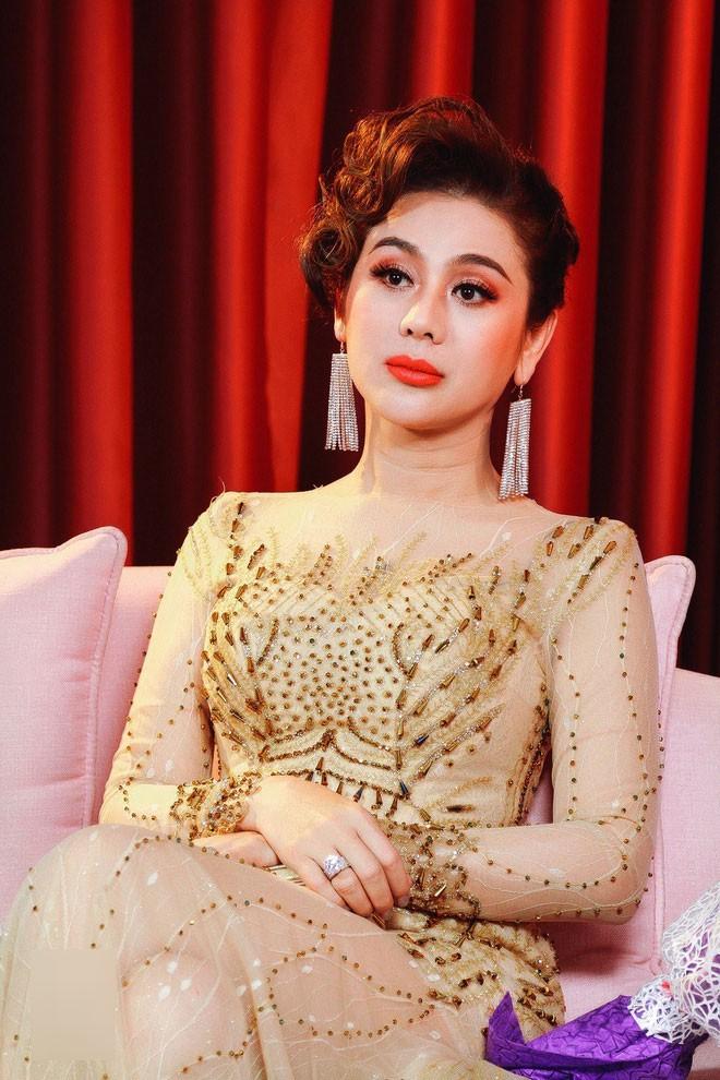 lam-khanh-chi-yeu-quy-binh-2-1534740918485520794658.jpg