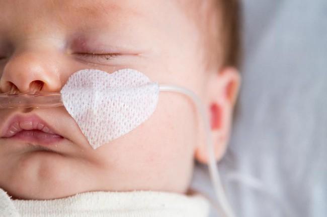 Tưởng con chỉ ho do nhiễm lạnh thông thường, mẹ không ngờ con suýt mất mạng vì căn bệnh này - Ảnh 7.