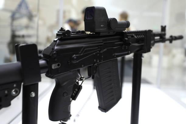 Nga giới thiệu súng trường tấn công Kalashnikov thế hệ mới dùng đạn chuẩn NATO - Ảnh 3.