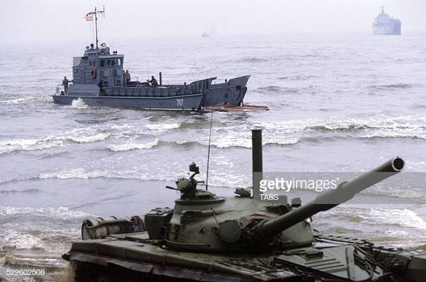 Những hình ảnh ấn tượng về cuộc tập trận lớn nhất lịch sử Liên Xô - ảnh 4