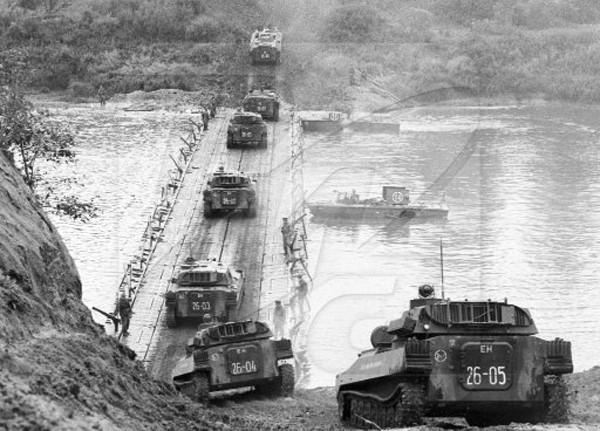 Những hình ảnh ấn tượng về cuộc tập trận lớn nhất lịch sử Liên Xô - ảnh 7