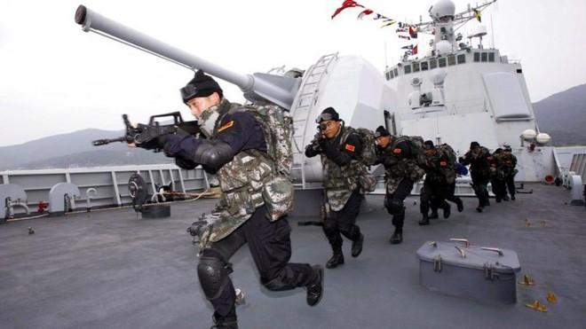 Lầu Năm Góc: 170.000 lính Trung Quốc luôn thường trực, sẵn sàng tấn công sang Triều Tiên - Ảnh 2.