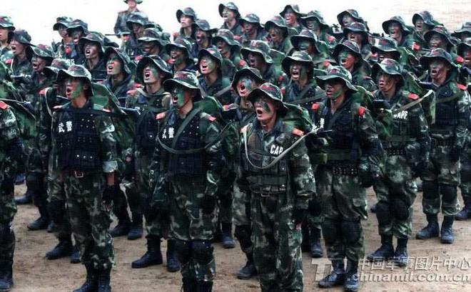 Lầu Năm Góc: 170.000 lính Trung Quốc luôn thường trực, sẵn sàng tấn công sang Triều Tiên - Ảnh 1.