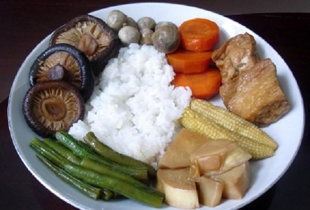 Đổ xô ăn chay thanh lọc cơ thể: Chuyên gia hàng đầu chỉ cách ăn đúng - Ảnh 3.