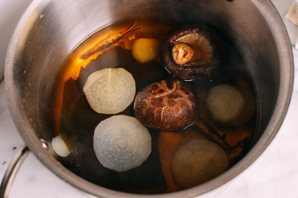 Mùa thu mát trời, ăn ngay đậu phụ hầm cay ngon xuýt xoa - Ảnh 1.