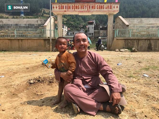 Đằng sau câu chuyện Quốc Thuận cãi lời nghệ sỹ Lê Bình trong bệnh viện - Ảnh 2.