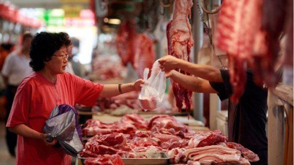 Mẹo chọn thịt lợn vừa ngon vừa sạch, không lo hóa chất - Ảnh 2.