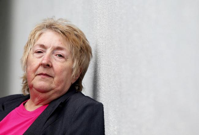 42 năm tìm sự thật về thi thể của con trai, người mẹ đau đớn phát hiện điều khủng khiếp khi nấm mồ được khai quật lại - Ảnh 6.