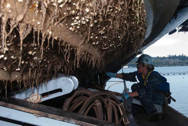 Hình ảnh đáng sợ khiến Trung Quốc phải đưa tàu sân bay tự chế về sửa chữa khẩn cấp - Ảnh 3.