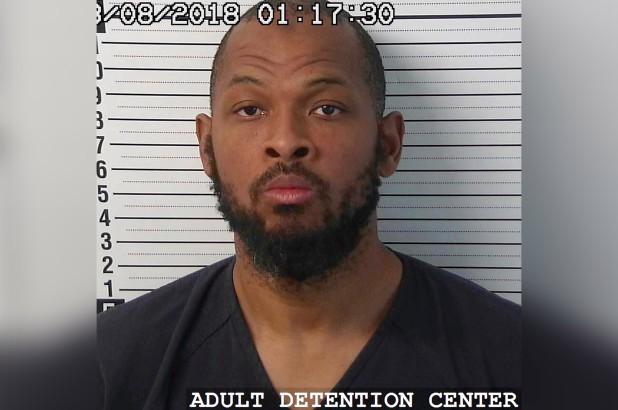 11 đứa trẻ bị giam giữ ở sa mạc hẻo lánh để huấn luyện thành sát thủ ở Mỹ - Ảnh 2.