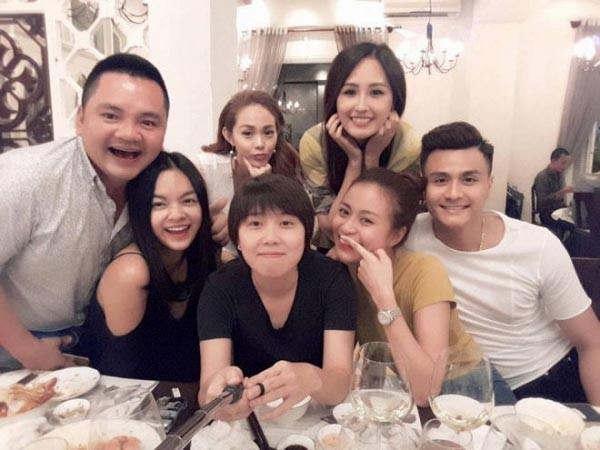 Những hội bạn thân nức tiếng showbiz Việt: Nhóm thân tới nỗi giống hệt nhau, nhóm lại lầy lội cứ xuất hiện là gây cười - Ảnh 24.
