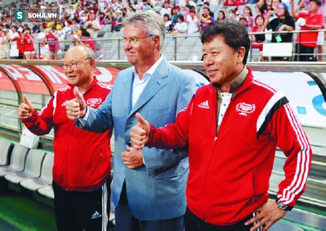 Báo Hàn Quốc chỉ ra một thứ mà HLV Park Hang-seo có nhưng Guus Hiddink thì không - Ảnh 1.