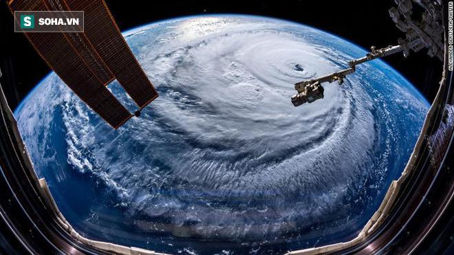 Hình ảnh đám mây khổng lồ của cơn bão Florence. Ảnh do phi hành gia làm việc trên Trạm Vũ trụ Quốc tế (ISS) chụp lại ngày 12/9. Nguồn: CNN
