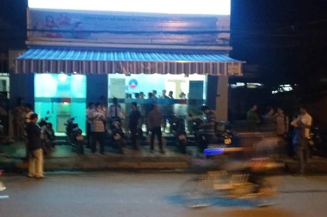 Ráo riết truy bắt bắt thủ phạm gây ra vụ cướp ngân hàng ở Tiền Giang - ảnh 1