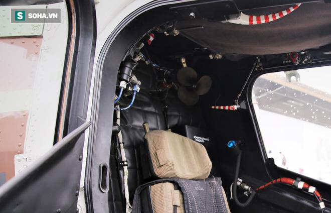 PV VN duy nhất ngồi trực thăng Mi-28NE: Phát hiện có biểu tượng thần thánh thời bao cấp - Ảnh 5.
