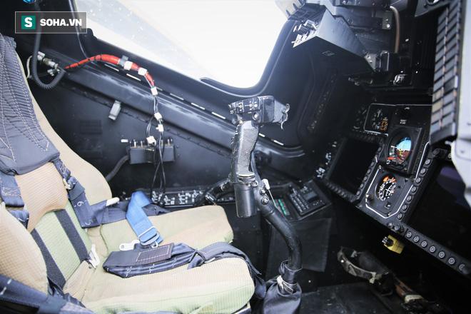PV VN duy nhất ngồi trực thăng Mi-28NE: Phát hiện có biểu tượng thần thánh thời bao cấp - Ảnh 6.