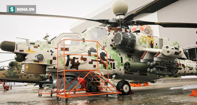 PV VN duy nhất ngồi trực thăng Mi-28NE: Phát hiện có biểu tượng thần thánh thời bao cấp - Ảnh 4.