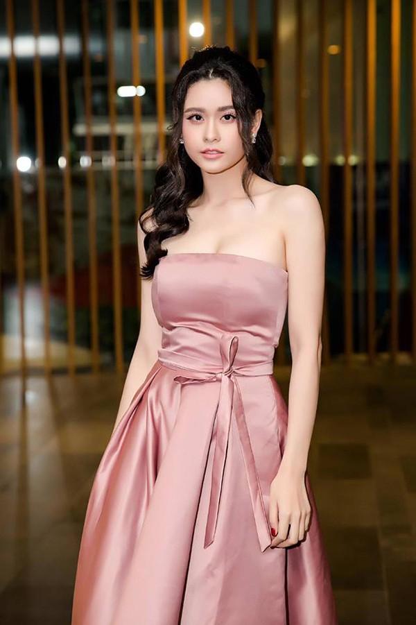 Vẻ nóng bỏng của Trương Quỳnh Anh sau khi ly hôn ca sĩ Tim - Ảnh 5.