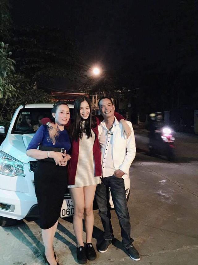 Gia cảnh tân Hoa hậu Việt Nam 2018 Trần Tiểu Vy: Bố bị tai biến, mẹ là trụ cột gia đình - Ảnh 5.