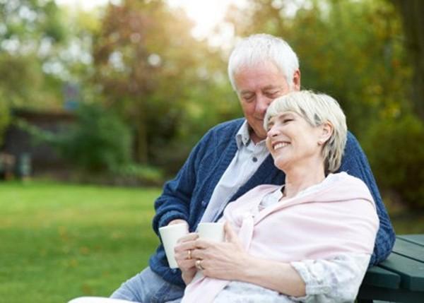 Nếu đã bước vào tuổi trung, cao niên, 10 điều này bạn cần biết để sống vui vẻ bên con cháu - Ảnh 6.