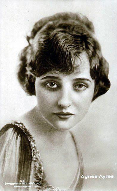 Những người phụ nữ đẹp nhất hơn 100 năm qua - có thể sẽ khiến bạn ngẩn ngơ! - Ảnh 10.