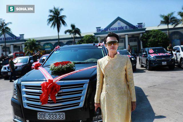 Siêu xe Khủng long Mỹ dẫn đầu đoàn rước dâu hoành tráng ở Quảng Ninh - Ảnh 3.
