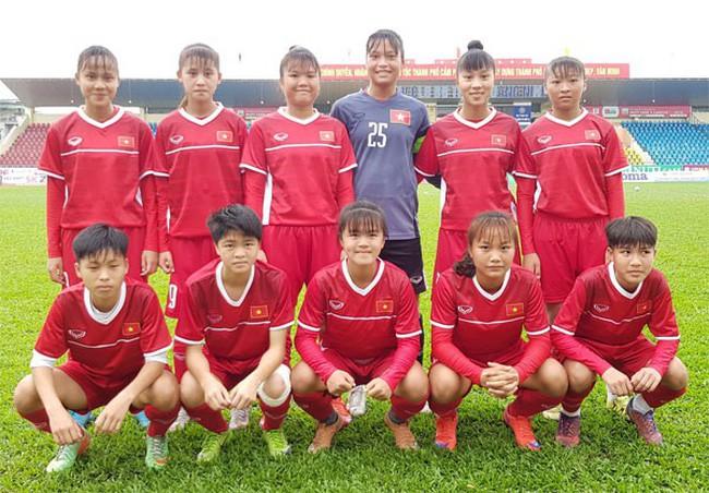 """Việt Nam thi đấu như """"lên đồng"""", đè bẹp Bahrain với tỷ số 14-0 - Ảnh 1."""