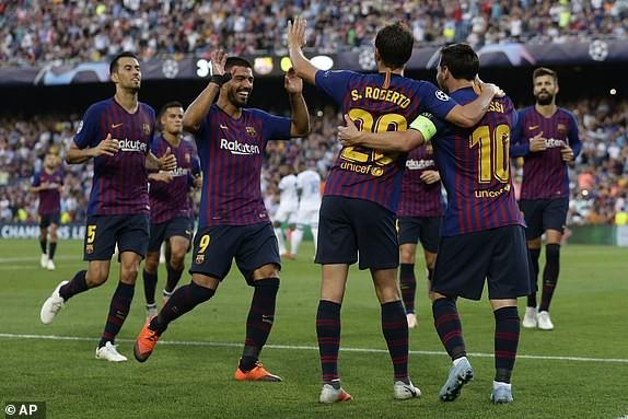 Messi lập siêu phẩm đá phạt, Barcelona giành thắng lợi ngày mở màn Champions League - Ảnh 2.