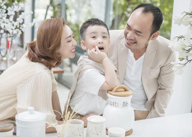 Thu Trang: Xuất thân gia đình giàu có, phá sản sống khổ cực và cuộc tình đặc biệt với Tiến Luật - Ảnh 7.