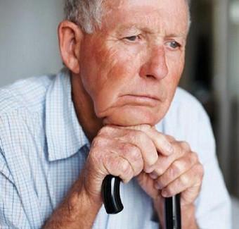 15 nhóm bệnh đe dọa sức khỏe người cao tuổi - Ảnh 3.