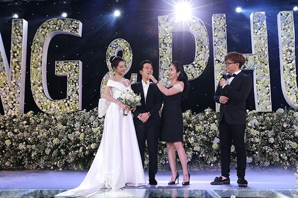 MC đám cưới của Nhã Phương chính là cô gái Trường Giang yêu đơn phương 17 năm trước - ảnh 2