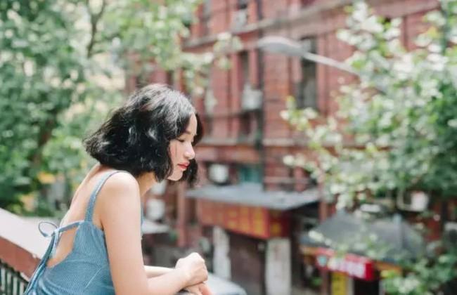 Tích góp suốt 7 năm đi làm, cô gái 30 tuổi độc thân tự mua căn hộ 38m² và biến nó thành không gian sống tuyệt đẹp - Ảnh 1.