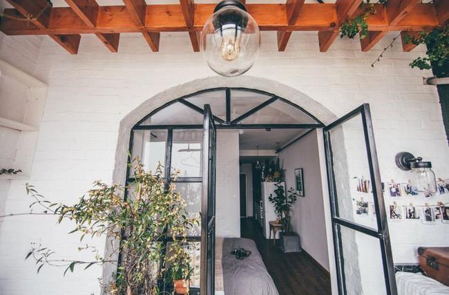 Tích góp suốt 7 năm đi làm, cô gái 30 tuổi độc thân tự mua căn hộ 38m² và biến nó thành không gian sống tuyệt đẹp - Ảnh 2.