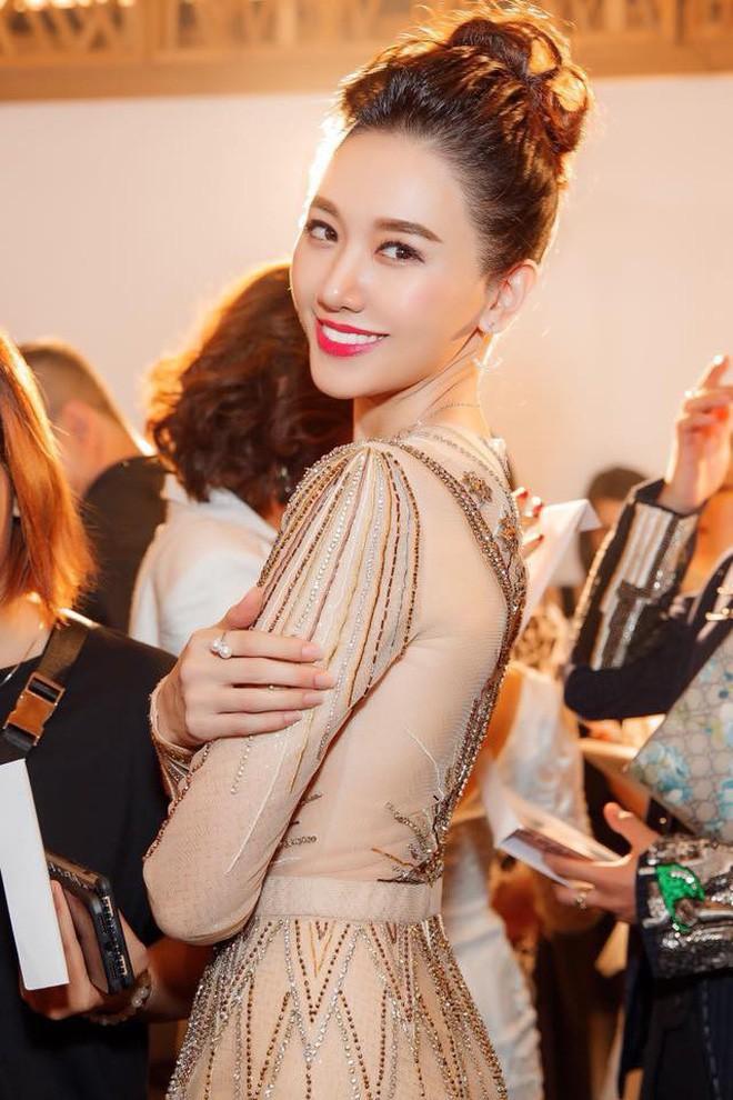 Hari Won - Nhã Phương: Vợ của 2 danh hài hot nhất showbiz Việt lại có 1 điểm chung nhan sắc mà không phải ai cũng biết - Ảnh 25.
