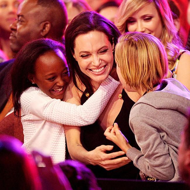 Angelina Jolie hối hận vì khoảng thời gian bên Brad Pitt - Ảnh 2.