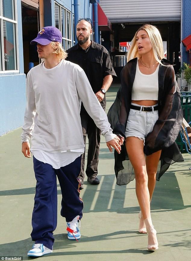 Sở hữu 6 ngàn tỷ và đắp đồ hiệu lên người, thế mà Justin Bieber trông vẫn kém sang đến lạ! - Ảnh 2.